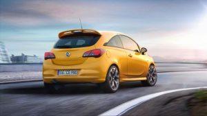 Neuer Opel Corsa GSi Kompromissloser Auftritt: Scharfe, klar gezogene Linien und markanter Heckspoiler an der Dachkante – der neue Opel Corsa GSi begeistert auch in der Rückansicht.